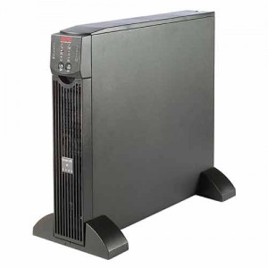 Nobreak APC SURT1000XLI 1000VA 1KVA Smart-UPS 220 volts 700 watts rack e torre